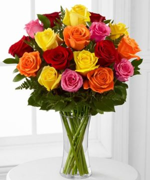 onlineflowerdelivery,gift,present,mixedroses,chocolates,red,pink,yellow,roses,glassvase,special