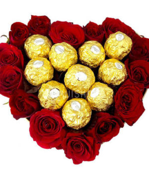 Giftbasket,Gift,red roses,roses,basket,onlineflowerdelivery,present,Sweetheart,love, chocolates