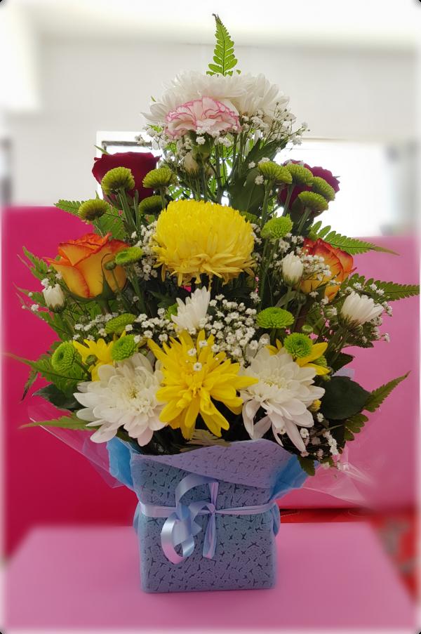 foam,onlineflowerdelivery,mixedflower,roses,gift,present,mixedarrangement