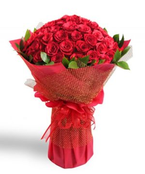 Valentine's day flower delivery muscat oman