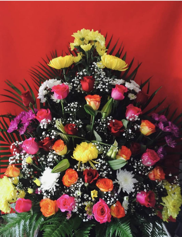colourful roses arrangement